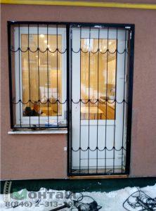решетка на окно с дверью