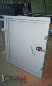 техническая дверца металл
